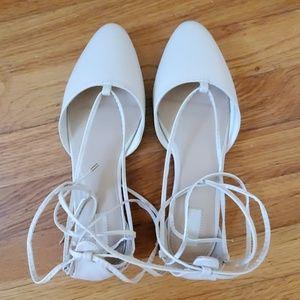 FOREVER21 Women Ballet Ivory Flat